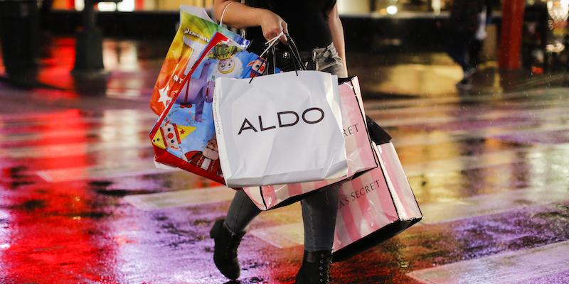 c6bbc62b60 La grande giornata di sconti e promozioni sui negozi online sarà il 23  novembre: una breve guida per prepararsi