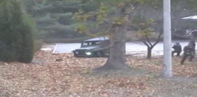 Il video del soldato nordcoreano che scappa in Corea del Sud