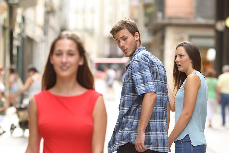 """Risultati immagini per meme del """"fidanzato distratto"""
