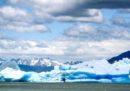 L'iceberg che si è staccato dal ghiacciaio Grey, in Cile