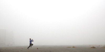 Sono giorni di nebbia e smog, in India