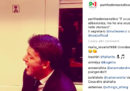 """Il video di Matteo Renzi che canta """"La musica non c'è"""" di Coez"""