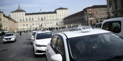 Cose da sapere sullo sciopero dei taxi di oggi, martedì 21 novembre