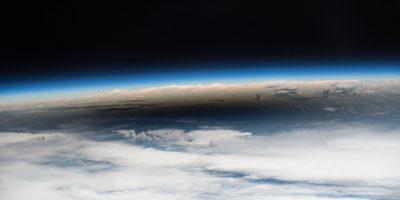 La società che manda le ceneri dei morti nella stratosfera