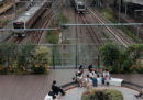 In Giappone una compagnia ferroviaria ha chiesto profondamente scusa perché un suo treno è partito 20 secondi in anticipo