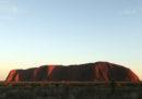 Dal 2019 non si potrà più scalare l'Uluru, il famoso massiccio roccioso in Australia