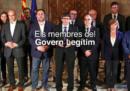 Un ministro catalano è stato cancellato dalla foto ufficiale, ma non le sue gambe