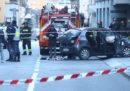 Un uomo ha investito un gruppo di persone a un mercatino di Natale a Sondrio, ci sono 4 feriti