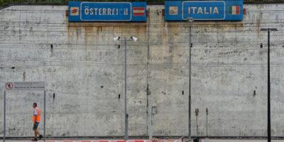 Cos'è questa storia dei passaporti austriaci per i sudtirolesi