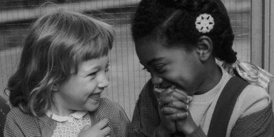 Storia di due bambine
