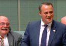 Un deputato australiano ha chiesto al suo compagno di sposarlo durante una seduta parlamentare