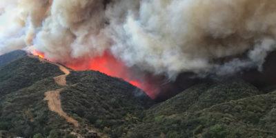 Gli incendi in California non sono ancora stati spenti