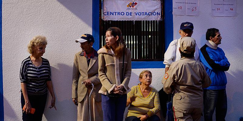 Venezuela, Maduro trionfa nelle Comunali e vieta presidenziali all'opposizione