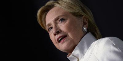 L'FBI sta indagando ancora sulla Clinton Foundation