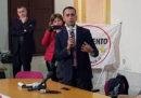 """Di Maio dice che preferisce aiutare gli italiani piuttosto che """"rassegnarsi"""" all'immigrazione"""
