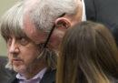 Le indagini sulla coppia arrestata in California per aver imprigionato i 13 figli