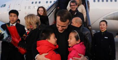 Macron è arrivato in Cina, e ha fatto Macron