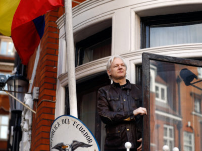 Assange, l'Ecuador conferma: