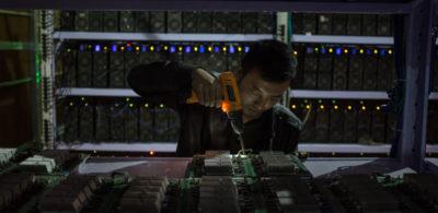 Sembra che la Cina voglia sganciarsi un po' dai bitcoin
