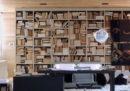 Si possono tenere i libri a rovescio?