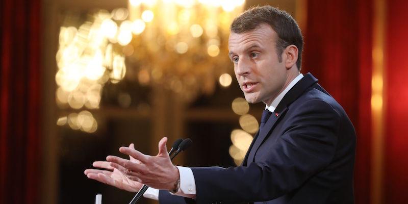 Francia, nuova legge contro le fake news