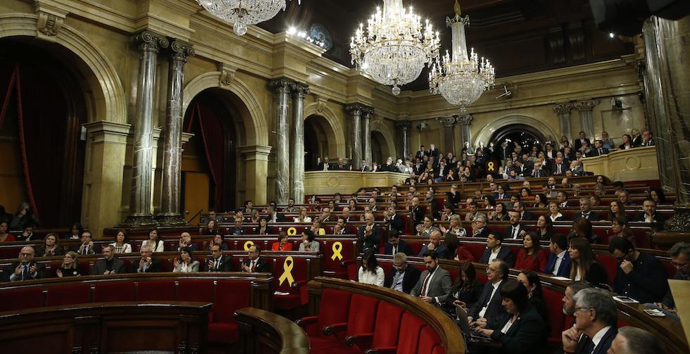 Catalogna, Puigdemont apre a presidenza da Bruxelles