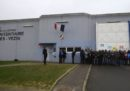 In Francia le guardie carcerarie protestano da nove giorni