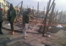 Nelle prime ore di stamattina c'è stato un incendio nella tendopoli di migranti a San Ferdinando, in Calabria: è morta una donna