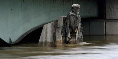 La statua a cui si rivolgono i parigini per capire se la Senna è in piena