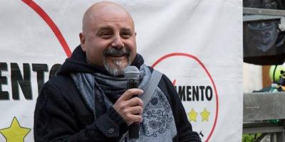 Il controverso candidato del M5S a Roma