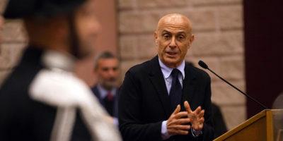 Il ministro Minniti dice che aveva previsto l'attentato di Macerata