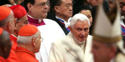 Benedetto XVI dice di sentirsi «in pellegrinaggio verso Casa»