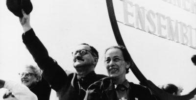 Bertolt Brecht non lascia che ci si pianga addosso