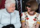La regina Elisabetta II è andata a una sfilata della London Fashion Week