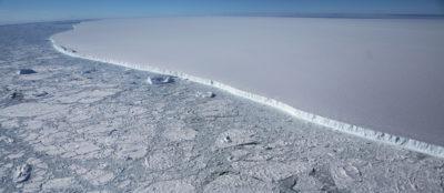 Andiamo a vedere cosa c'era sotto quell'iceberg gigante