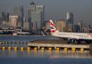 Oggi l'aeroporto di London City rimarrà chiuso per disinnescare una vecchia bomba inesplosa