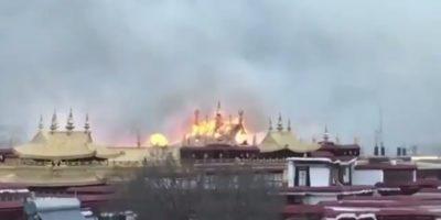 C'è stato un incendio nel più importante luogo di culto del buddismo tibetano