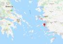 Almeno sei migranti sono morti nel naufragio di un'imbarcazione al largo delle coste greche