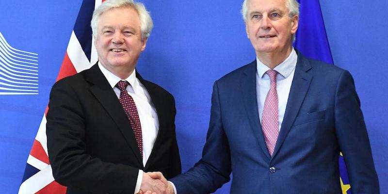 Brexit, Barnier: raggiunto accordo di transizione