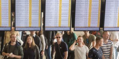 Gli aerei sono sempre più puntuali, ma c'è un trucco