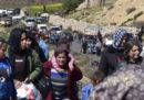 Decine di migliaia di persone stanno lasciando Afrin e Ghouta orientale, in Siria