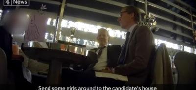 """Cambridge Analytica proponeva """"trappole"""" contro gli avversari politici"""