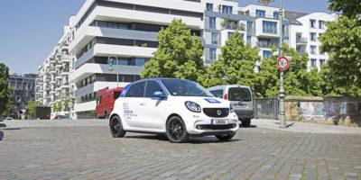 Car sharing, alleanza Mercedes-Bmw Si fondono Car2Go e DriveNow