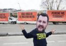 Tre manifesti a Napoli, Campania, contro Matteo Salvini