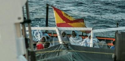 La nave carica di migranti che non voleva nessuno