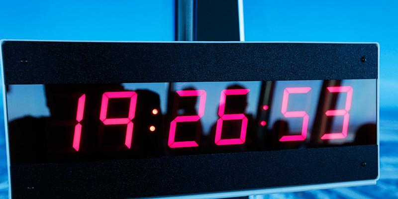 Orologi europei in ritardo: causa è lite Serbia-Kosovo per elettricità