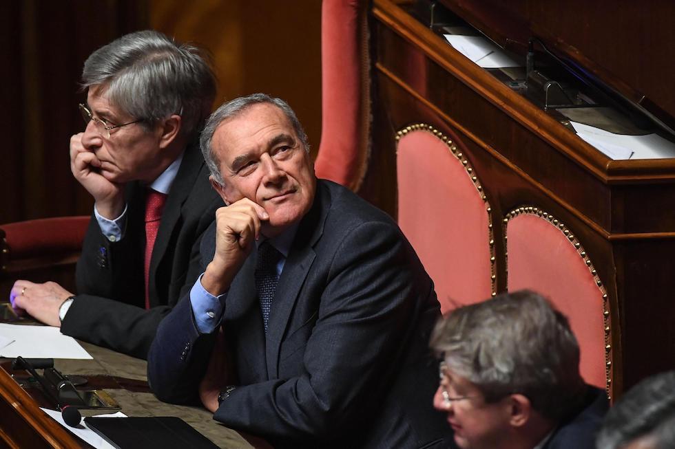Pietro Grasso è stato condannato a pagare 83.250 euro al PD, scrive il Corriere della Sera