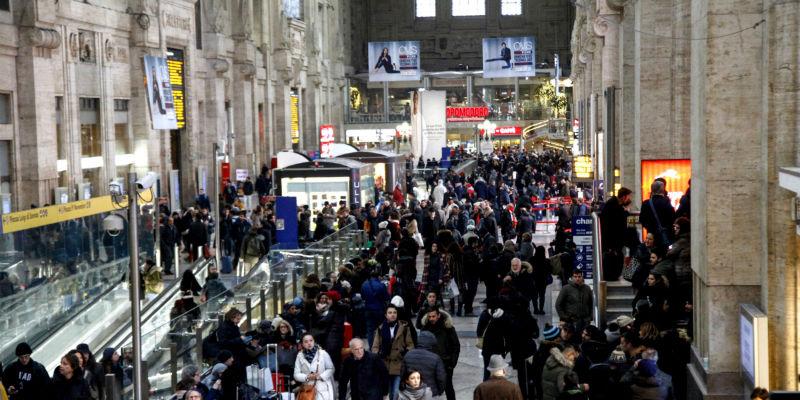Sciopero a Napoli: poche adesioni, ma traffico e disagi
