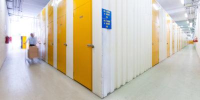 """Storie dai magazzini di """"self storage"""""""