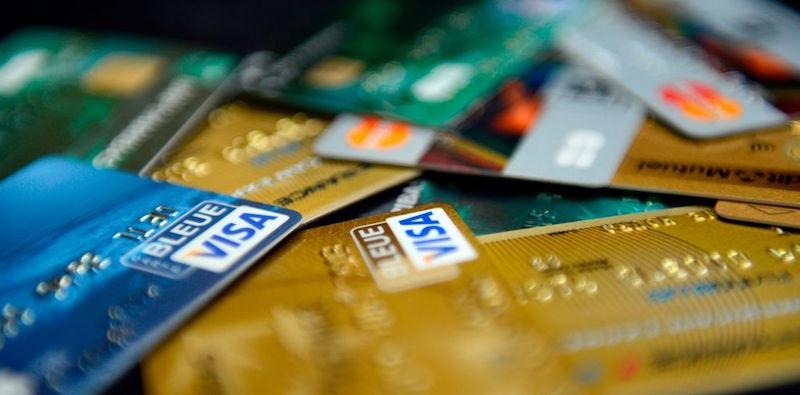 Smetteremo di firmare per pagare con la carta di credito for Carta di credito per minorenni